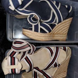 Mia Wedge Sandals: Size 11
